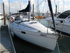 Beneteau Oceanis320 Sail Yacht Liberte - Auckland Bareboat and Self Drive Charters